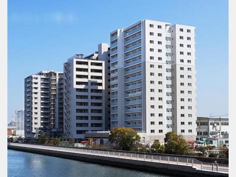 所在地 東京都江東区塩浜2-29-10交通 東京メトロ東西線/東陽町 徒歩8分総戸数 140戸/階建 15階建-