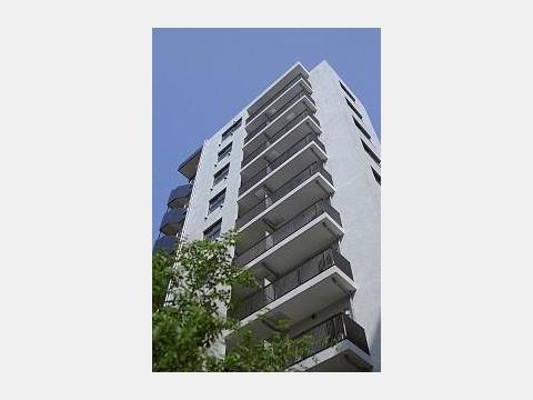所在地 東京都豊島区南池袋2-30-18交通 山手線/池袋 徒歩5分総戸数 49戸/階建 11階建-