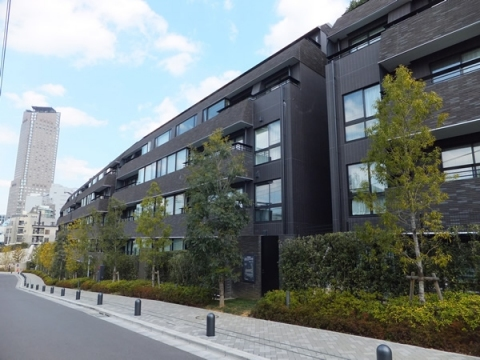 所在地 東京都渋谷区鶯谷町13-1交通 山手線/渋谷 徒歩8分総戸数 139戸/階建 7階建(B1階)
