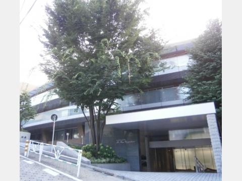 所在地 東京都渋谷区上原3-28-1交通 小田急線/代々木上原 徒歩6分総戸数 36戸/階建 5階建-