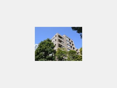 所在地 東京都港区芝3-8-1交通 都営三田線/芝公園 徒歩2分総戸数 56戸/階建 7階建(B1階)