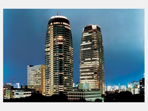 所在地 東京都港区愛宕2-3-1交通 都営三田線/御成門 徒歩4分総戸数 353戸/階建 42階建(B4階)