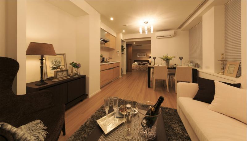 高級ホテルのような上質な室内空間